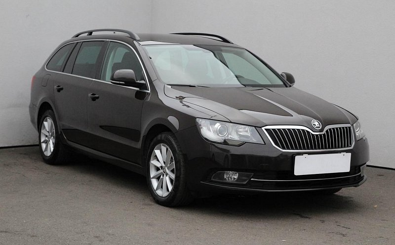 Škoda Superb II 2.0 TDI Ambition